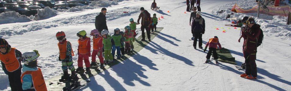 Anmeldung für die Skikurse und Ausfahrten ist online